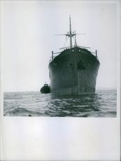 The jetty anchor, the boat with the representatives of the maritime authorities docks, 1940.