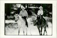 Ronald Reagan and Nancy Reagan to horse at their ranch in Santa Barbara