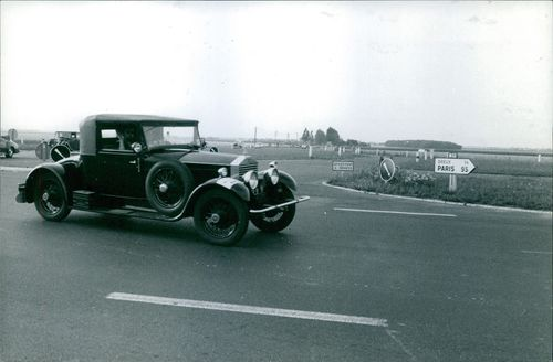 Rolls Royce Silver Ghost 1924 participating in Rally contest.