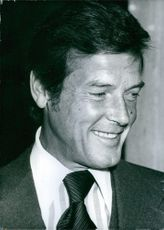 Popular British actor Roger Moore