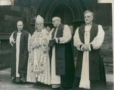 Geoffrey Fisher with H.J. Carpenter and Rev. T.H. Cashmore.