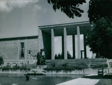 Beautiful fountain and building structure. 1948