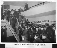 The audience at Bromma field at the Atlantic aviators Björkvalls arrival - 7 October 1936