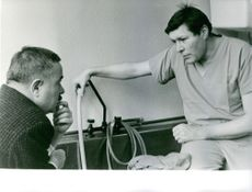 A MAN IN HOSPITAL & TALK WITH HIS RELATIVE