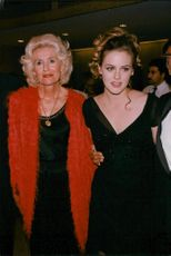 Alicia Silverstone along with her mother Didi Silverstone