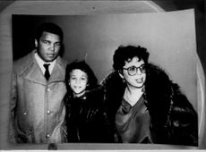 Muhammad Ali with her daughter Miya and her mother Pat.
