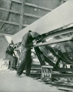 Stornorrfors. Assembly of a part to the flue tunnel