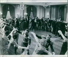 People dancing together in a scene from the film Johan Ulfstjerna, 1936.