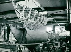 Construction of a sailing yacht on Storebro Bruk