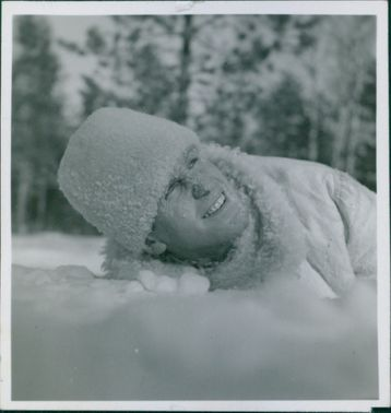 A soldier in a snow during the Winter war, 1940.