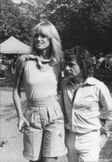 Susan Anton along with boyfriend Dudley Moore at John Lennon's concert in Central Park