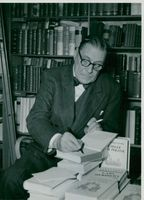 Swedish author Gustaf Hellström on the Week of the Book.