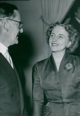 American President Truman's daughter, Margaret visiting Sweden, is listening to Jussi Björling at the invitation