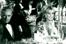 John Forsythe and Linda Evans as Blake and Krystle in the Dynasty