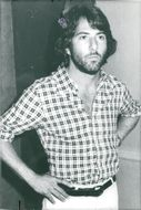 "Portrait image of Dustin Hoffman taken in connection with the recording of the movie ""Straight Time""."