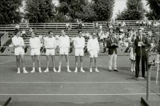Shelf and presentation of the players in the Davis Cup 1964.