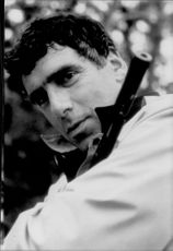 """Portrait photography on actor actor Elliott Gould in the role of Tom Callaghan in the movie """"Nowhere to Fly""""."""