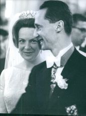 Carlos Hugo and his wife Princess Irene during their wedding, 1964.