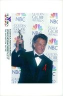 Dustin Hoffman with his award from the Golden Globe Awards in 1997.