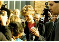 Prinsessan Diana besöker British Red Cross International Aid