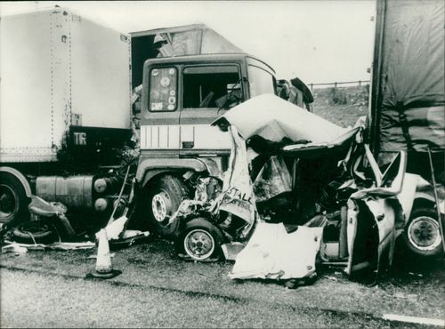 road accidents:a ford transit van crushed.