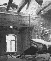 A building in Finland after the battle occurred in it.  War Damage ; Finnish-Russian War 1939-40;  School Choice; Finnish Home; Joint Canteens;  Finland 1940 ; Bomb; deputy minder