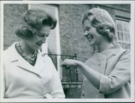 Princess Alexandra looking at the engagement ring of Katherine Worsley (now the Duchess of Kent).  - Mar 1961
