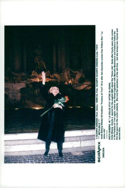 """Anita Ekberg back to Fontana di Trevi 39 years after the classic scene from Fellini's film """"The sweet life"""""""