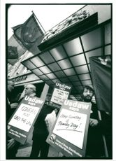 Anti sunday trading demo outside heals departmental store.