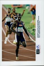 Michael Johnson takes a world record of 200 meters