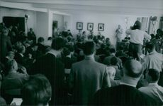 A view of a press conference.1967