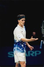 Thomas Enqvist is loading for the finals in the Stockholm Open.