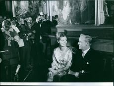 Prince Georg and Princess Birgitta facing the crowd and the press, 1961.
