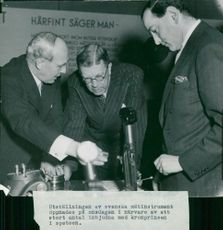 The exhibition of Swedish measuring instruments was opened in the presence of the Crown Prince
