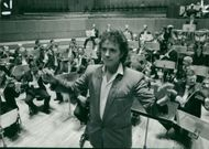 David Essex with members of the Royal Philharmonic Orchestra.