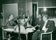 Alf Henrikson, Håkan Norlén, Ulf Peder Olrog, and the inquiry leader Folke Olhagen at the start of the new radio question program