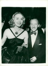David Niven with his wife Hjördis