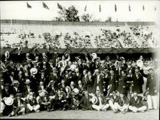 The Swedish functionaries are celebrated after the Olympics