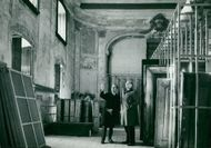 The castle architect Ragnar Jonsson is discussing restoration plans with castle director Gösta Hansson in Ulriksdals castle theater