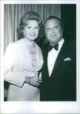 """1971 Rhonda Fleming and Henry Berger attend the Hollywood  premiere of """"Fiddler on the Roof """"."""