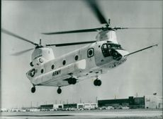 THE PROTOTYPE MODEL OF TTHE U.S ARMY'S ENLARGED VERSION CH-74B CHINOK HELICOPTER