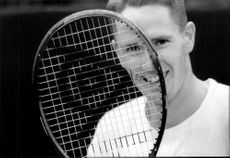 Henrik Holm with his new racket during Stockholm Open 1992