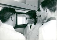 A. B. Atomic Energy Research Center Studsvik. Sture Westholm, Bo Helmerson, Lennart Körner and Beng Hemberg in the Isotope Laboratory