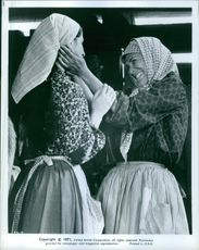 """1971 A scene from the American musical comedy-drama film produced and directed by Norman Jewison """"Fiddler on the Roof""""."""