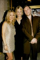 Kelly Preston, Meg Ryan and Tcheky Karyo at the premiere of Griffin Dunnes 'Addicted to Love'.