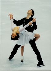 Winter Olympics in Nagano 1998. Figure skating. Oksana Kazakova and Artur Dmitriev are taking gold