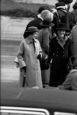 Queen Elizabeth II arrives in San Francisco