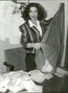 Bianca Jagger opens donations for the Red Cross