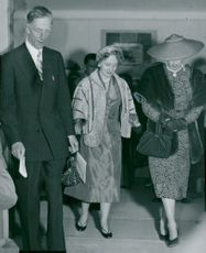 Prince Wilhelm, Margaret Truman and American ambassador's wife, Mrs Butterworth, at Drottningholmsteatern