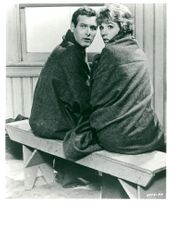 "Actors Paul Newman and Julie Andrews in the movie ""A leak in the curtain"""